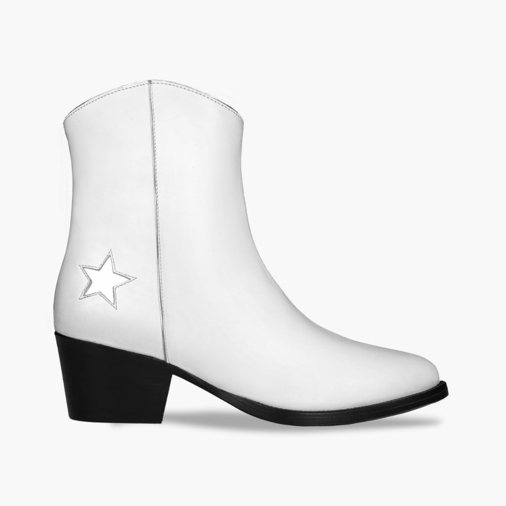 Country Star | White