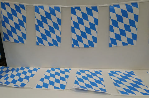 Bavaria 4m String Country Flags