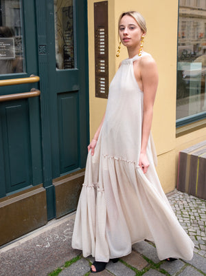 Load image into Gallery viewer, Circus Hotel - Flowy Maxi Dress