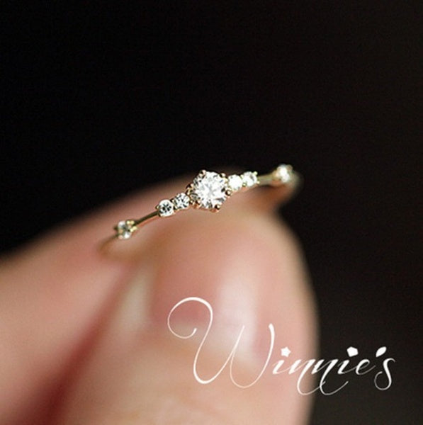 14K gold 7 tiny diamond pieces of exquisite small fresh style ladies engagement ring jewelry