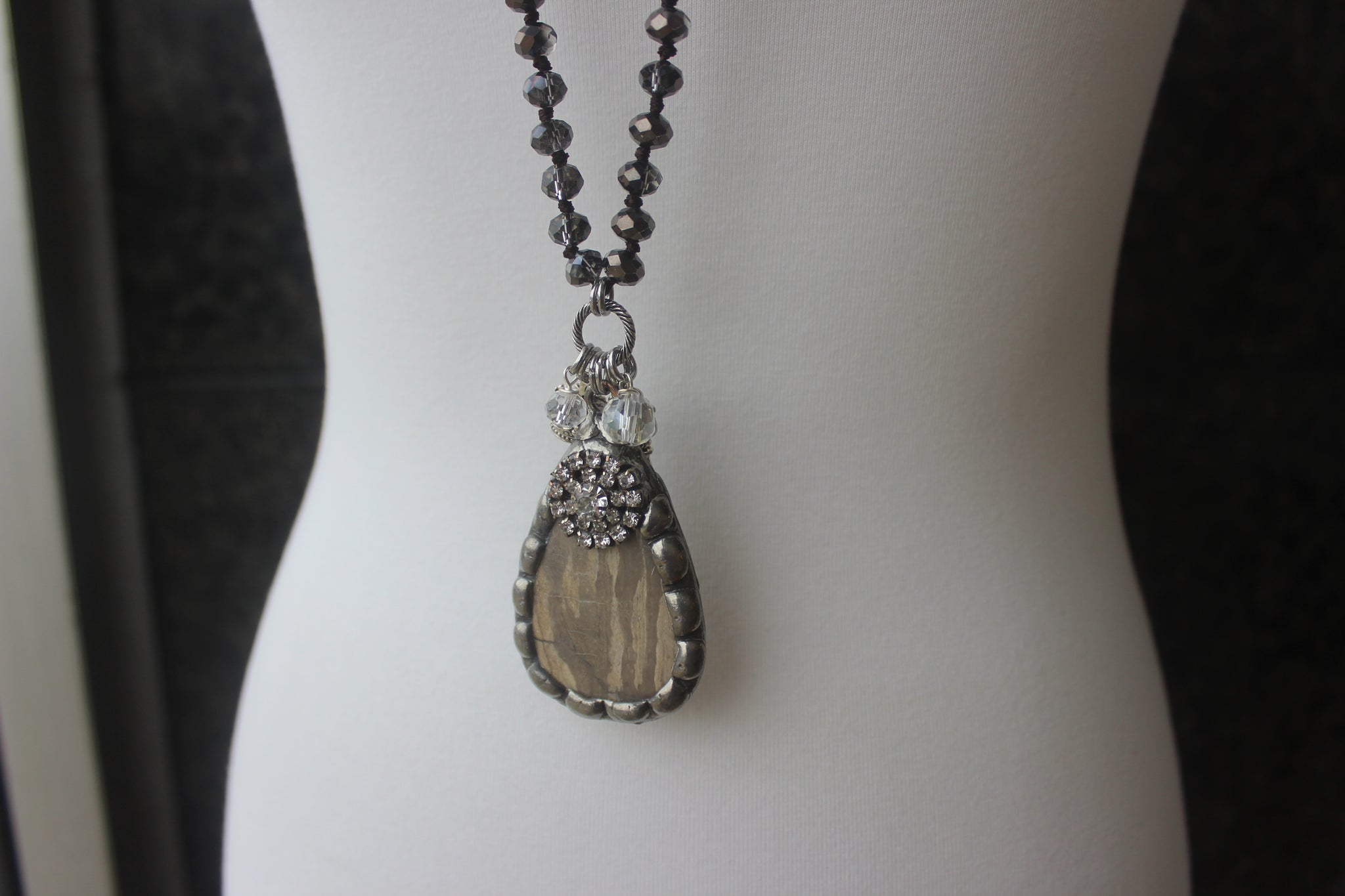 JCoons Wooden Stone Necklace