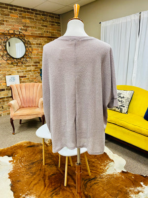 Knit Round Neck 3/4 Dolman Sleeve Top in Light Grey