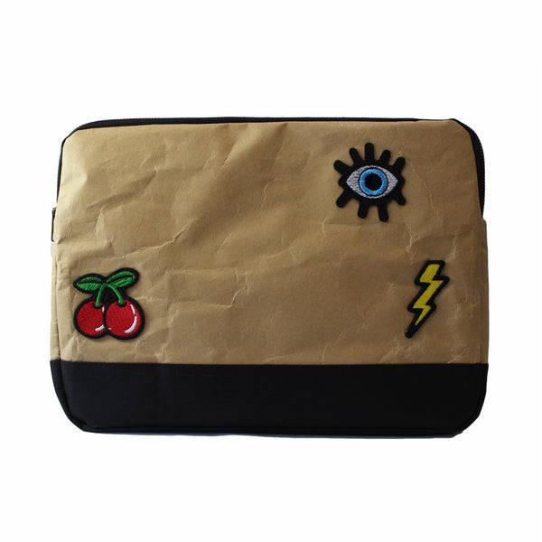 "Funda para laptop de 13"" Parches Ref. Negro"