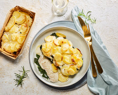 "Menu Love You Forever: Scampi Diabolique, Visgratin ""Florentine"" en Citroen-merengue taartje"