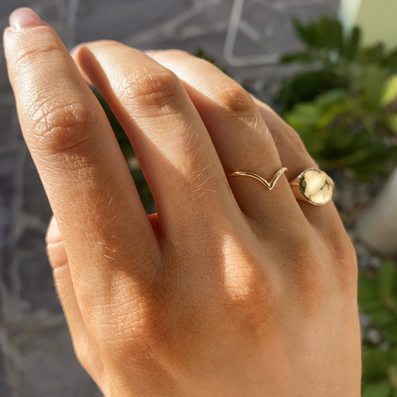 Neptune Ring - 9ct Gold