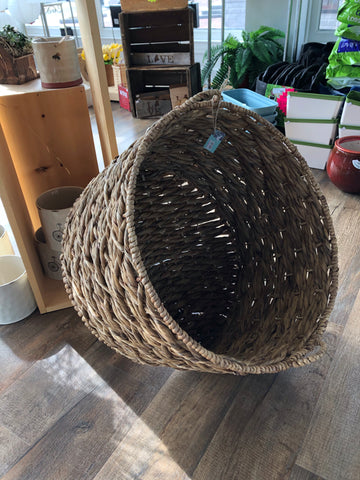 "Large round laundry basket/planter 22"" round, 15"" tall"