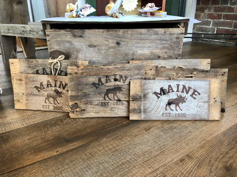 Reclaimed wood Maine signs
