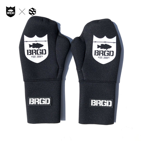 handson grip x Bass Brigade Titanium α Palmless Gloves - Black/White
