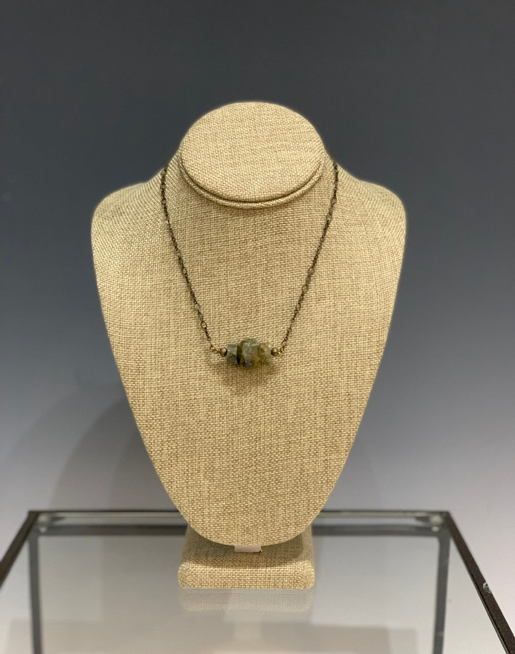 Green Garnet Triple Stone Simple Necklace with Brass Findings