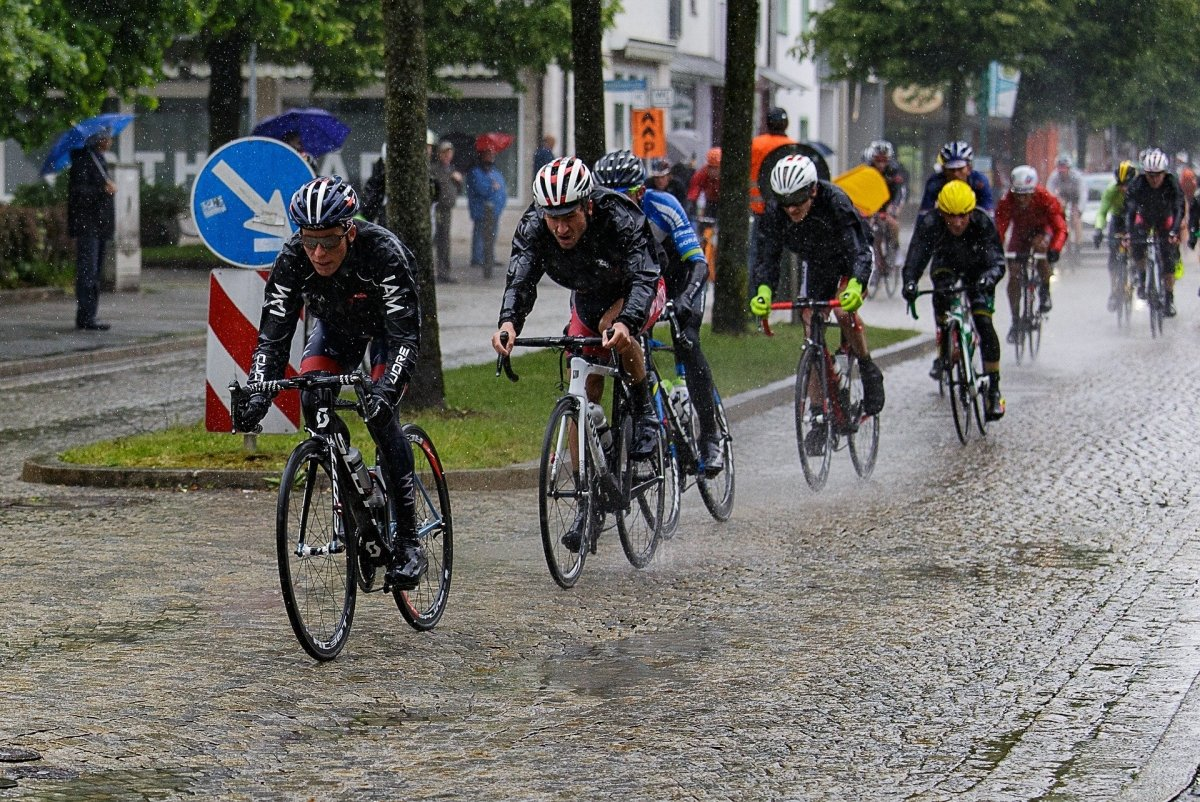 10 Things I Wish I Knew Before I Cycled In The Rain