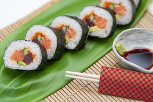 King Salmon With Maki Roll Sushi Set