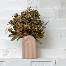 Load image into Gallery viewer, Gatsby Peach Vase - Medium