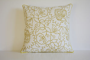 Load image into Gallery viewer, Floral Canvas Cushion Cover