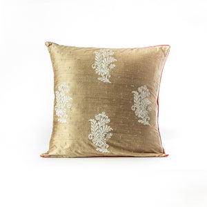 Floral flourish cushion cover