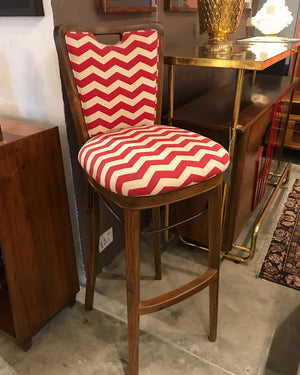 Lazy Chevron - Red on Off White