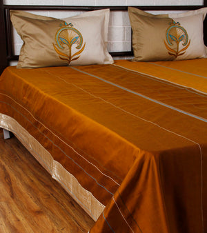 Anaar Marg - Gold Phirozi Bed Cover