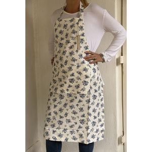 Load image into Gallery viewer, Apron-English Rose-Cream