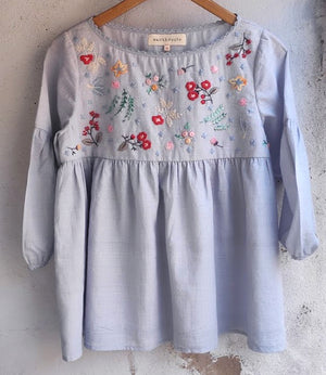 Load image into Gallery viewer, Bosonto tunic  -  hand embroidered on handwoven cotton dobby