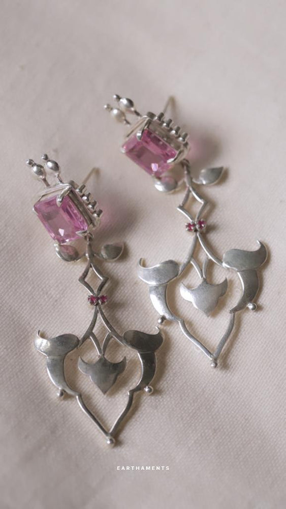 IBTIDA ROSE TINT EARRINGS