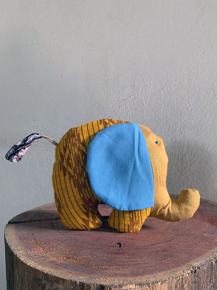 Load image into Gallery viewer, Elephant Plushie
