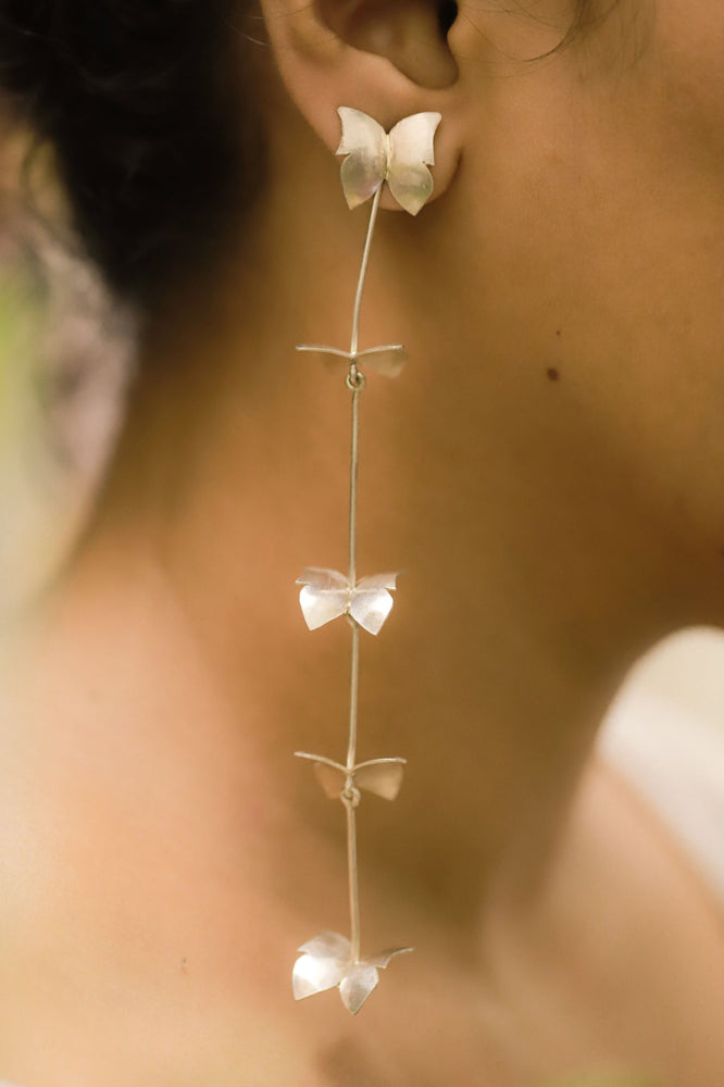 BUTTERFLY STRING EARRINGS
