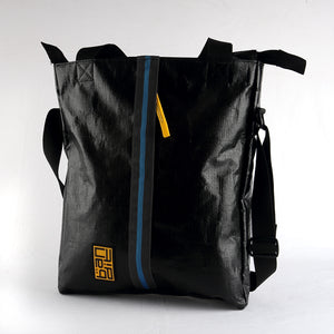 Load image into Gallery viewer, Tarpaulin Tote Black