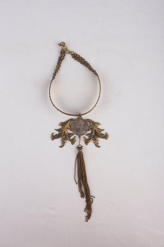 Choker With Pendant