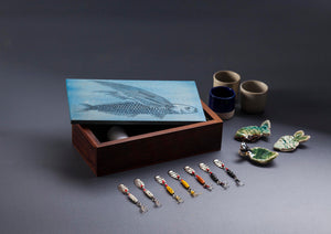 Load image into Gallery viewer, Flying Fish Box