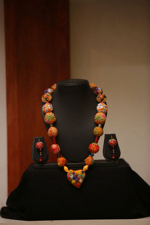 Load image into Gallery viewer, Orange Embroidered Beaded Necklace and Earrings Sets