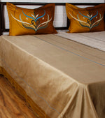 Paakhi Marg - Ivory Phirozi Bed Cover