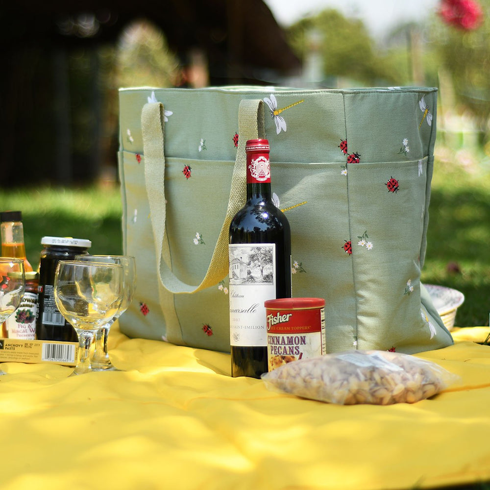 Load image into Gallery viewer, Picnic Bag - Ladybird