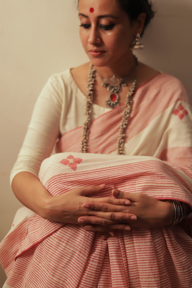 Mohua - Stripped and Flowers Saree