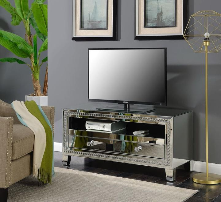 Loughton TV Unit