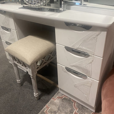 White Hi Gloss Dressing Table