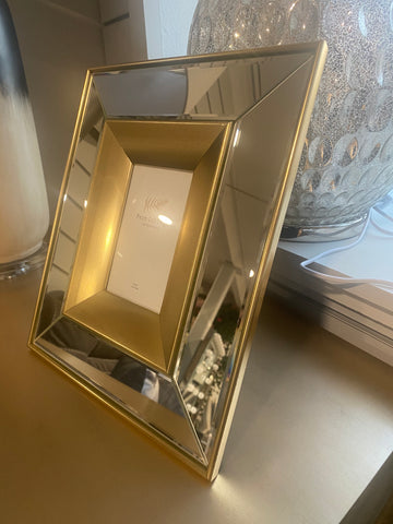 SPECIAL GOLD MIRRORED FRAME 4X6
