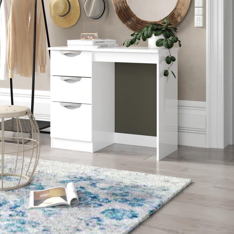 White 3 drawer dressing table