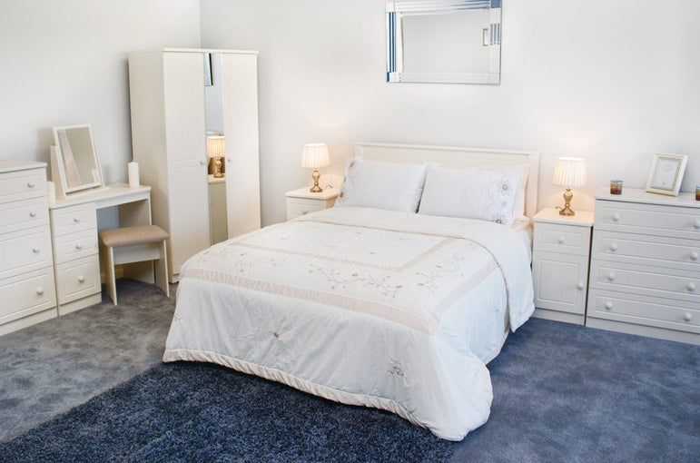 AVIMORE VANILLA BEDROOM COLLECTION