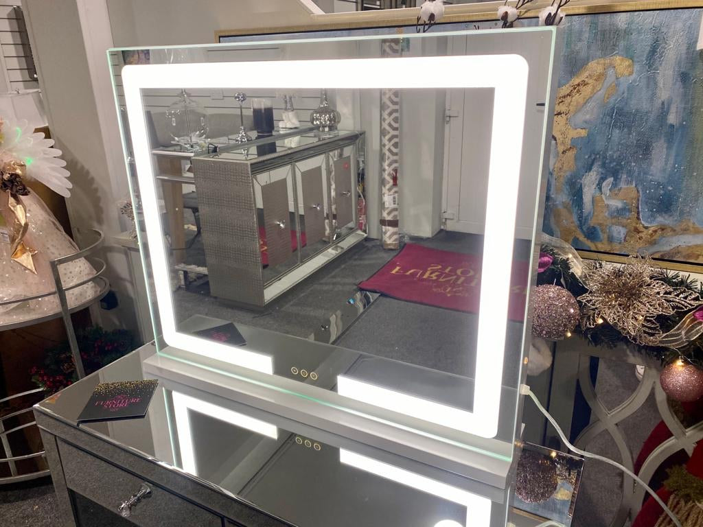 LED Strip Mirror Landscape 80x60