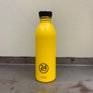 24 BOTTLES URBAN BOTTLE SATIN FINISH TRINKFLASCHE - taxi yellow 500 ML