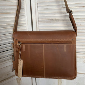 aunts & uncles -Hunter Medium Judd  vintage tan