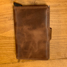 Laden Sie das Bild in den Galerie-Viewer, Secrid Miniwallet Vintage Brown