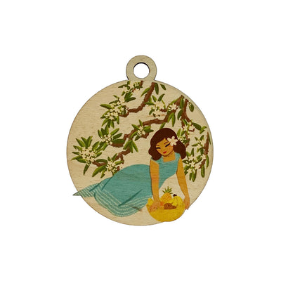 WAHINE FRUIT BASKET WOOD BAGTAG