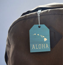 Load image into Gallery viewer, TEAL ALOHA ISLANDS TAPERED WOOD BAGTAG