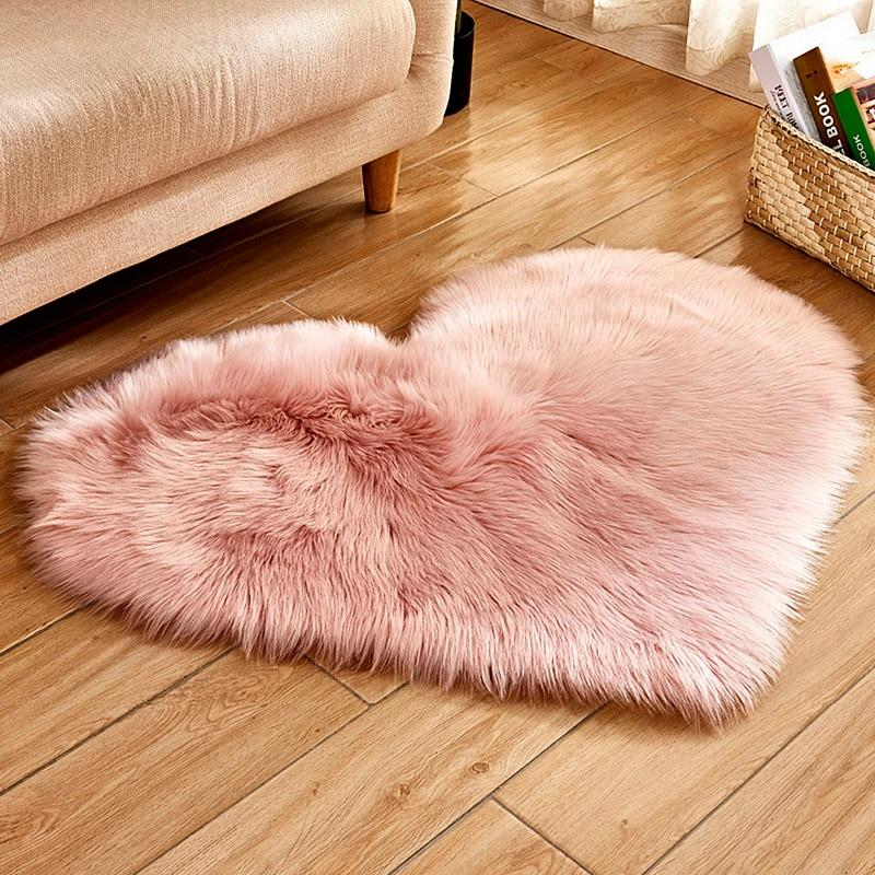 Shaggy Carpet Wool Faux Fluffy Mats Artificial Sheepskin Hairy Mat Love Heart Rugs NO Lint Carpet For Living Room 30x30/40x50cm - ladystreets