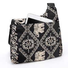 Load image into Gallery viewer, Fashion Cartoon Print Women Shoulder Bag Female High Quality Light Nylon Cross Body Bag Multi Pockets Messenger Bag for Women - ladystreets