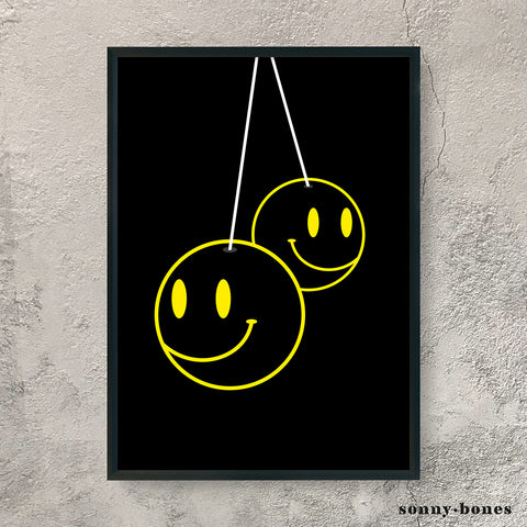 SMILEY FACE (black/yellow)