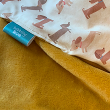 Load image into Gallery viewer, Silly Sausage dog Dimple Blanket - Cream