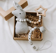 Load image into Gallery viewer, Bunny Rattle Dummy Chain Set