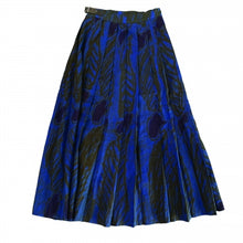 Load image into Gallery viewer, BETTY JACKSON BLUE KILT
