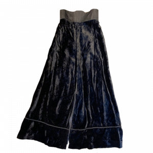 LONG BLACK VELVET SKIRT